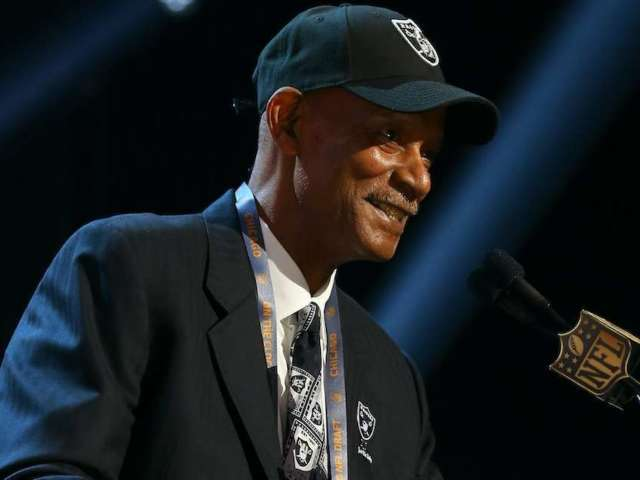 Oakland Raiders Hall of Fame CB Willie Brown Dead at 78