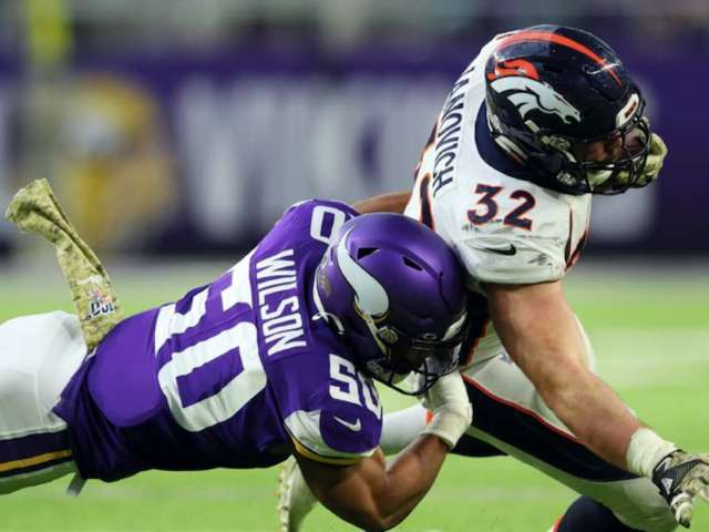 Broncos FB Andy Janovich Suffers Gruesome Arm Injury