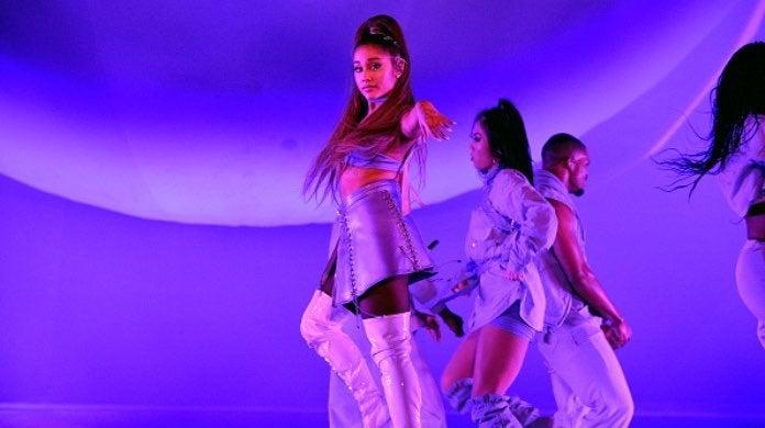 Ariana Grande-2