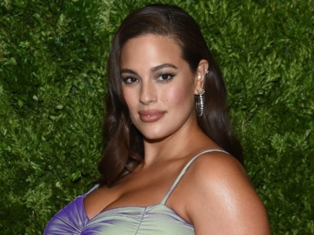 Ashley Graham Gets Emotional While Explaining Why She Wants Fans to See Her Pregnancy Stretch Marks