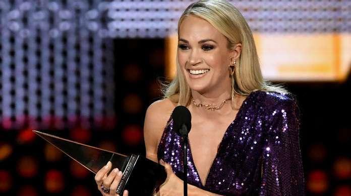 Carrie-Underwood-AMAs