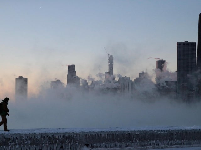 Arctic Blast Expected to Sweep Across US This Week With Record-Breaking Temperatures
