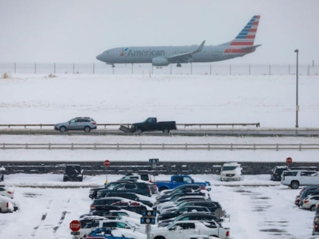 Thanksgiving Forecast Threatens 'Unprecedented' Storm to Slow Down Holiday Travel for 20 Million Americans