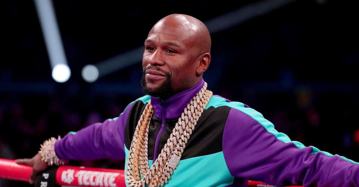 Floyd Mayweather Announces He's 'Coming out of Retirement' in 2020