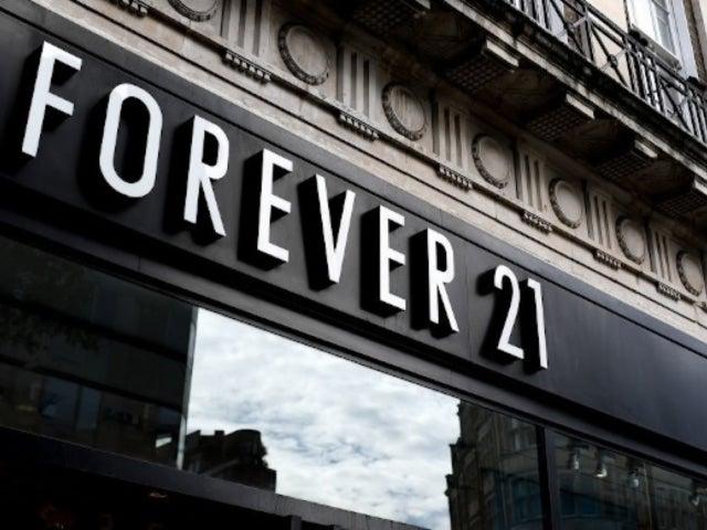 Black Friday: Watch Brawl Erupt Outside Forever 21, Sending Security Scrambling