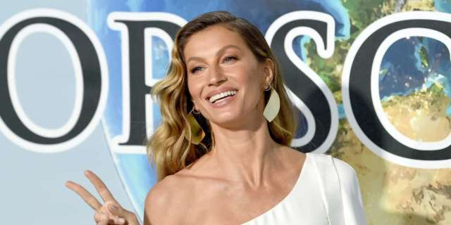 Gisele Bundchen's Latest Photo and Caption Inspire Massive Thread From Fans - PopCulture.com