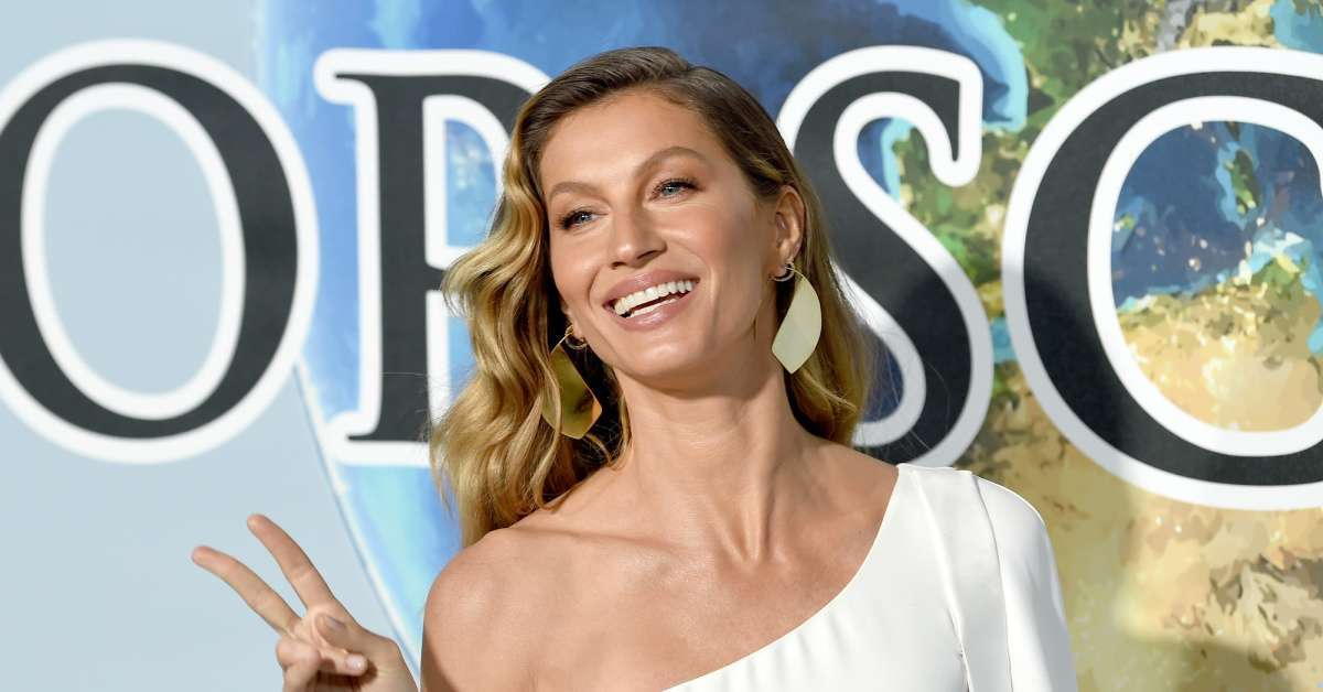 Gisele Bundchen's Latest Photo and Caption Inspire Massive Thread From Fans