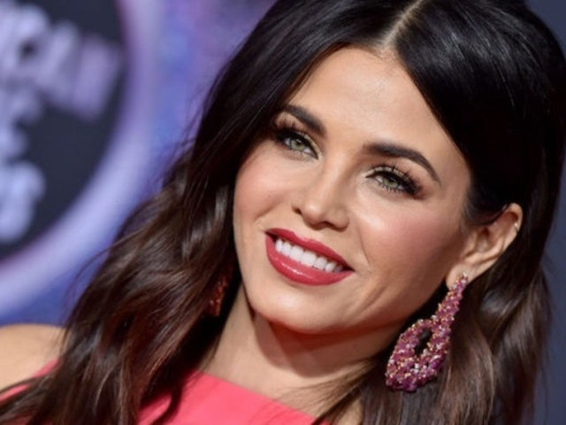 Jenna Dewan Shares First Breastfeeding Photo of Newborn Son Callum