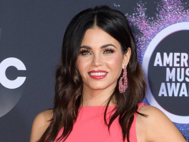 Jenna Dewan Dances in Crop Top 1 Month After Welcoming Newborn Son Callum