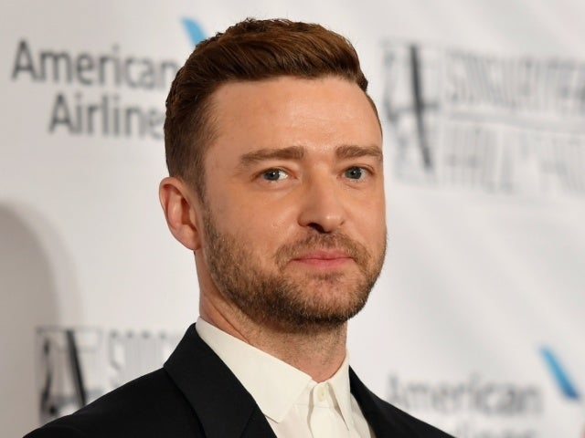 Justin Timberlake Helps Ellen DeGeneres Spread Holiday Cheer in TV Appearance Before Public Apology to Jessica Biel, Alisha Wainwright Drama