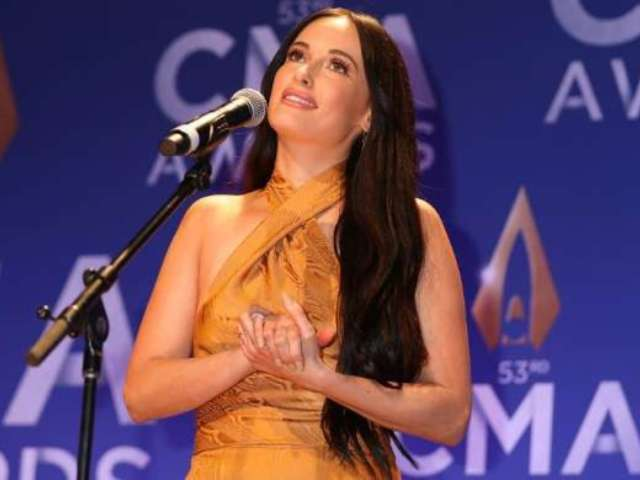 CMA Awards 2019: Kacey Musgraves Asks If You Can 'Die From a Hangover' After Wild Two-Win Night