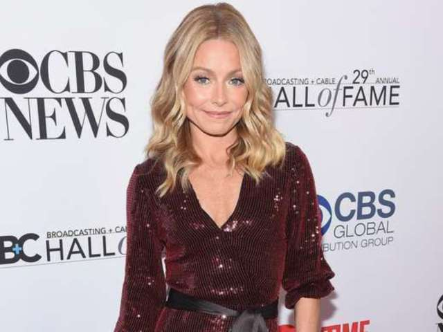 Kelly Ripa Blasts Troll for Slamming Her 'Lack of Personal Grooming'