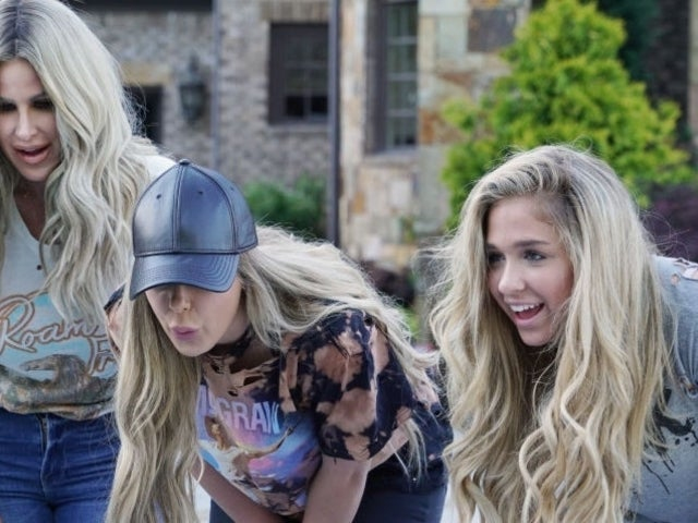 Kim Zolciak-Biermann Reveals Daughter Has Been 'Dying to be 18' so She Could Do Her Lips