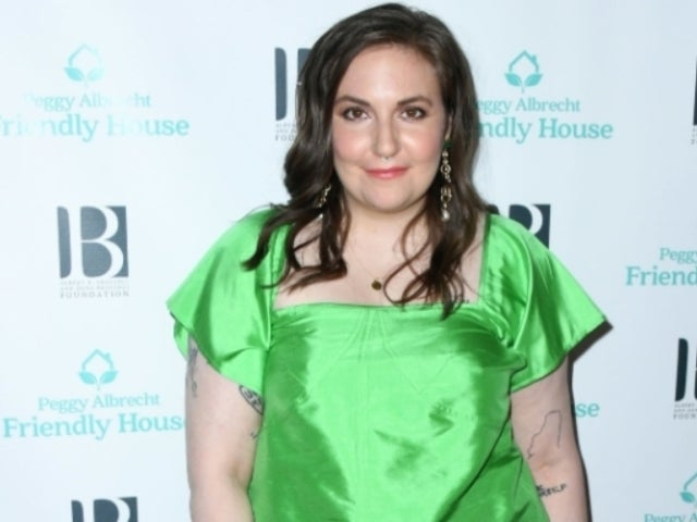 Lena Dunham Spotted Carrying a Cane With Bandaged Hand While out and About in Nightgown