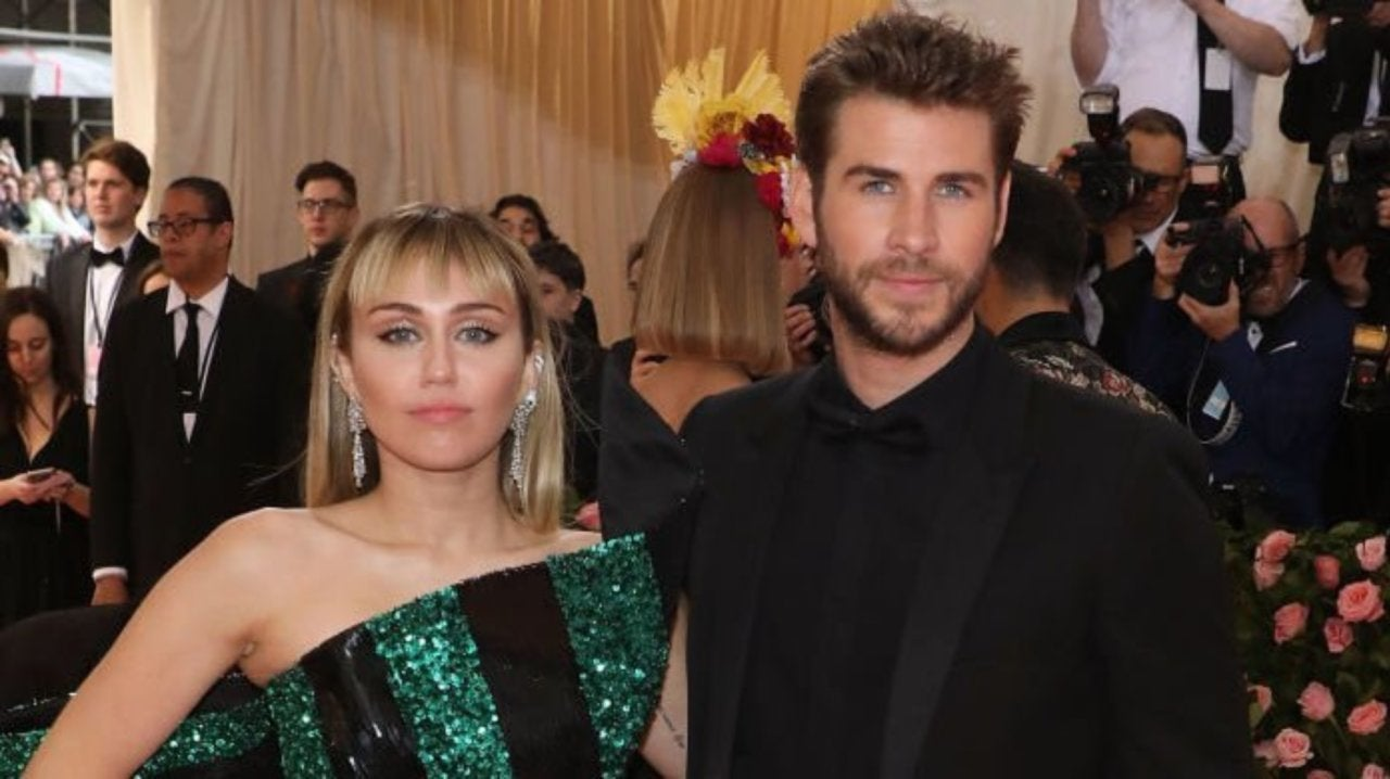 Miley Cyrus Gives a Shout out to Liam Hemsworth With 'Malibu' Tribute.jpg