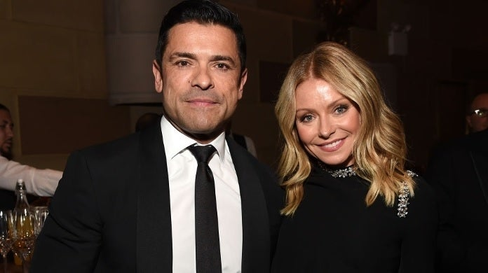 mark consuelos kelly ripa getty images