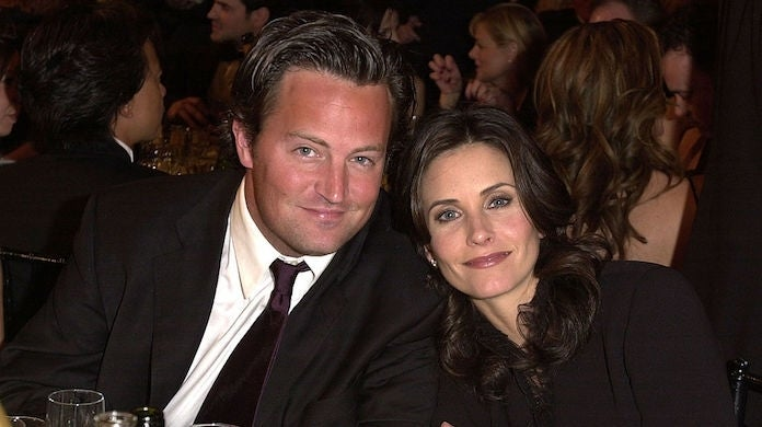 matthew-perry-courteney-cox_getty-Trench Shore : Contributor