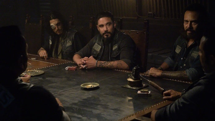 mayans-season-2-finale-angel-table-fx-prashant-gupta