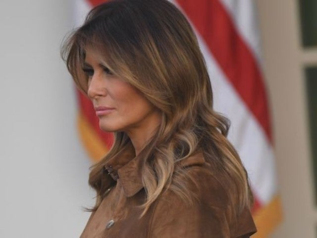 Melania Trump Reveals Simple Thanksgiving Message But Still Receives All Kinds of Backlash