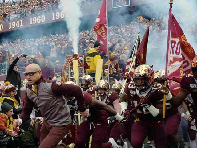 Minnesota Attempts to Sabotage Penn State Field Goal With 'Dramatic Gopher' Video