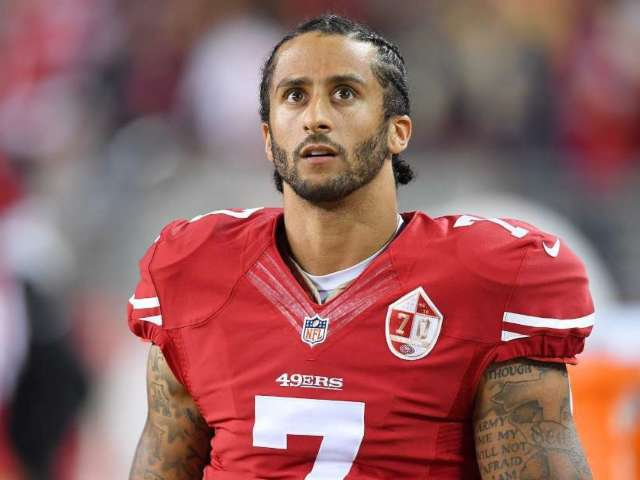 Colin Kaepernick's 'Heart Aches' for Kobe Bryant, His Family Following Devastating Helicopter Crash