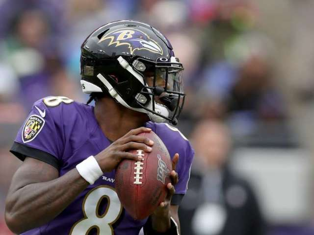 Ravens QB Lamar Jackson Leads Pro Bowl Voting Ahead of Patrick Mahomes and Russell Wilson