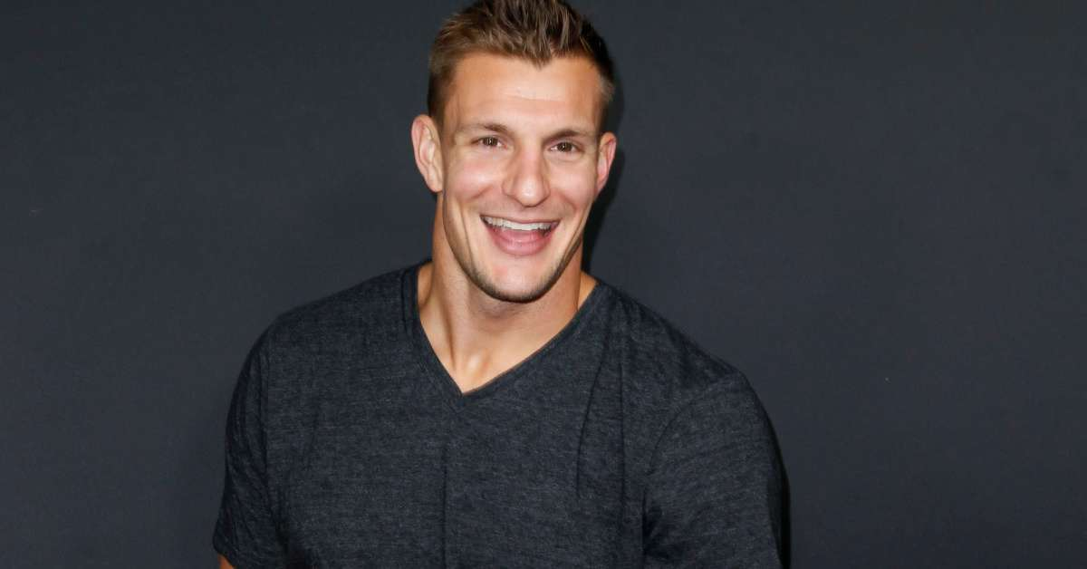 Rob Gronkowski Says Dallas Cowboys 'Could Use a Tight End Like Myself'