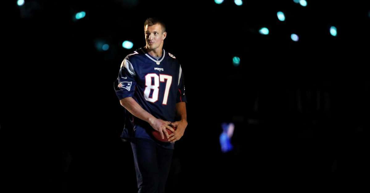 Rob Gronkowski to Host Super Bowl Party in Miami
