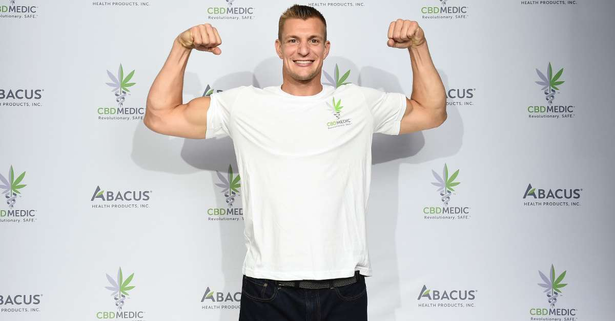 Rob Gronkowski Wears Turtleneck on Fox Sports and NFL Fans Lose It
