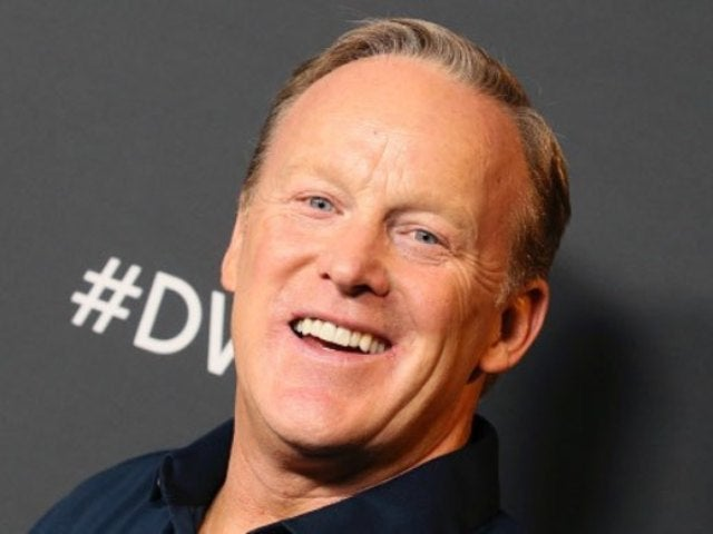 'DWTS' Alum Sean Spicer Offers Message for James Van Der Beek Following Miscarriage