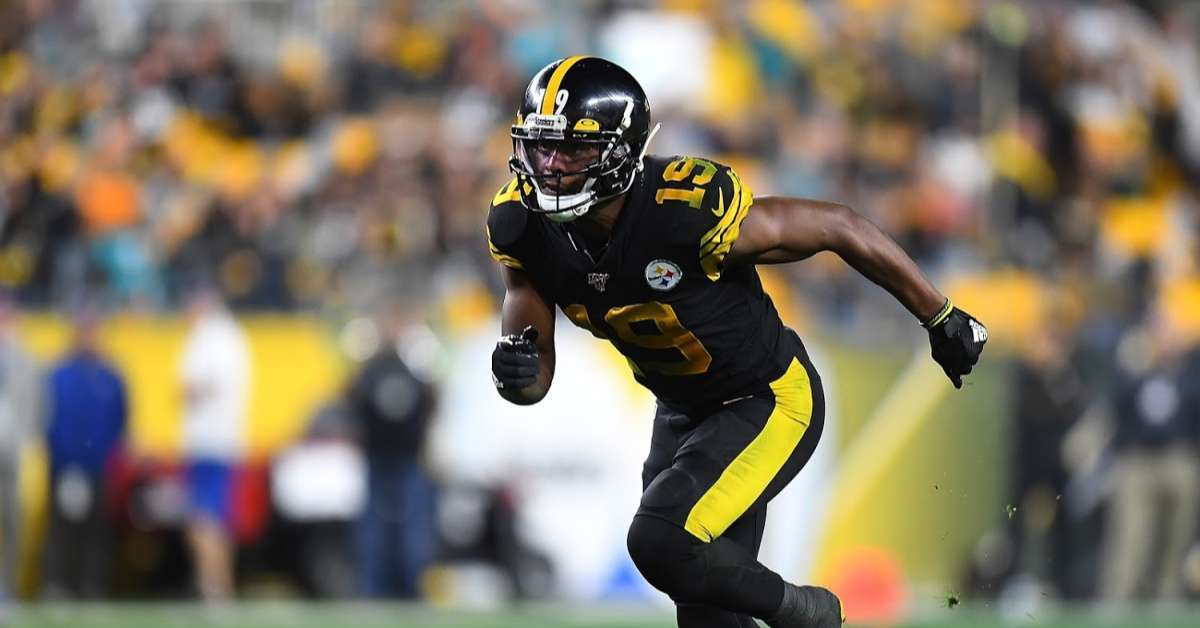 Steelers WR JuJu Smith-Schuster Post Instagram Video That Shows Car Going Over 100 Mph