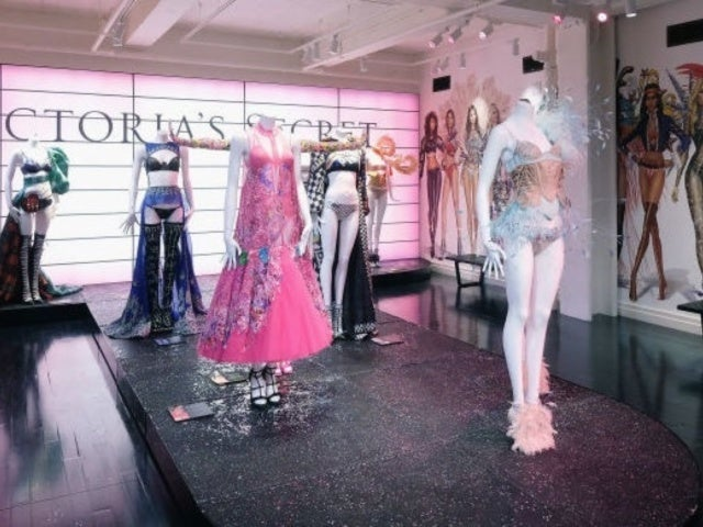2019 Victoria's Secret Fashion Show Has Been Canceled Amid Controversy