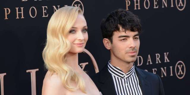 Watch Sophie Turner and Joe Jonas Show Love to Penn State Football - PopCulture.com