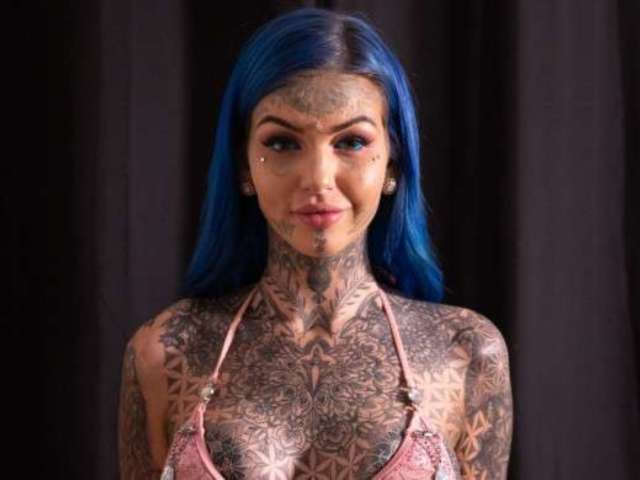 'Blue Eyes White Dragon' Girl Has 'No Regrets' After Eyeball Tattoo Leaves Her Blind for 3 Weeks