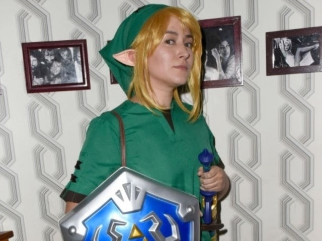 Zelda Williams' Link Halloween Costume Had Instagram Erupting With Nostalgic Comments