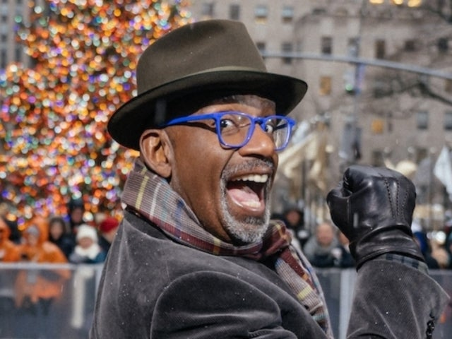 Al Roker Continues Twitter War With 30 Rock Christmas Tree, Calls It out for Being 'Asleep'