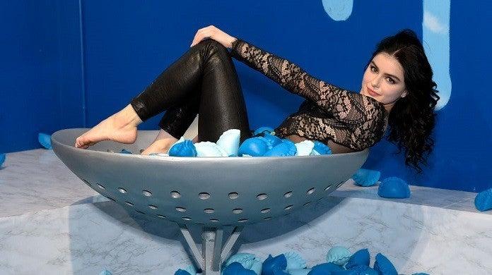 ariel-winter-blue-dumplings-getty