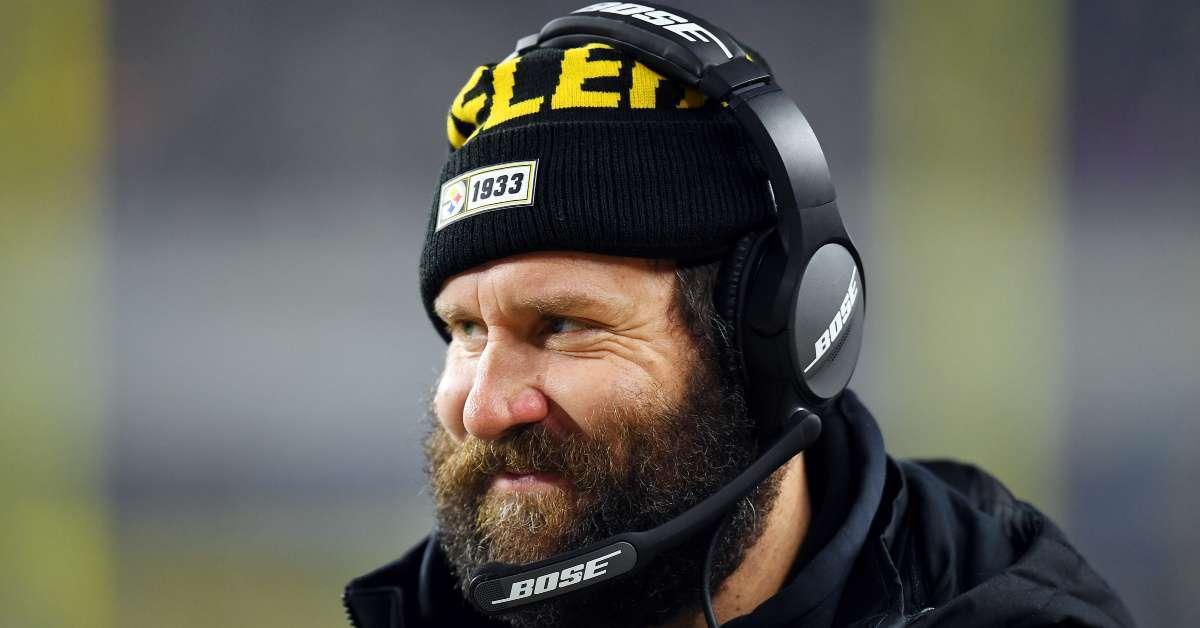 Ben Roethlisberger won't shave massive beard