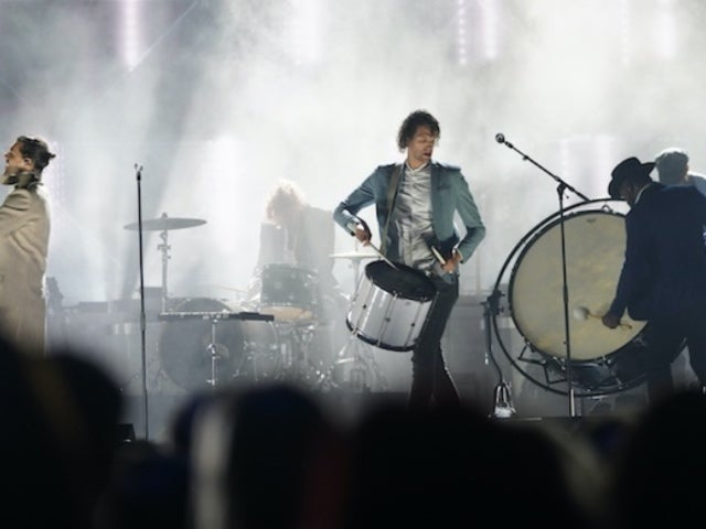 'CMA Country Christmas': For King & Country's 'Little Drummer Boy' Is Wowing Viewers