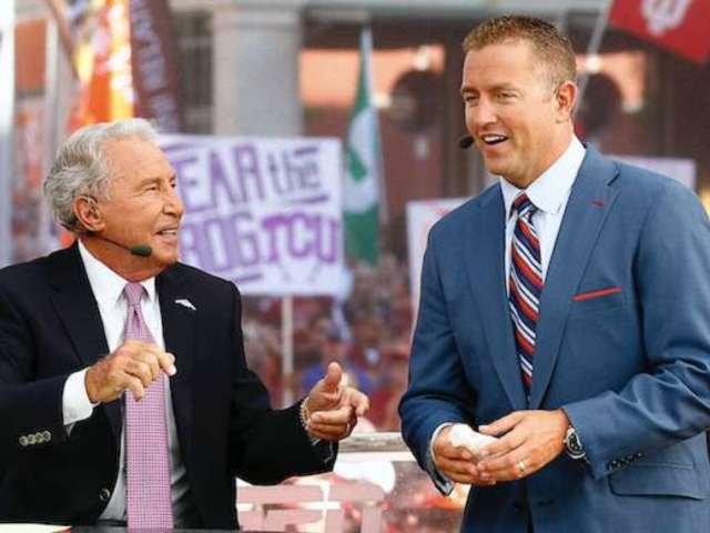 'College Gameday': 'My Girlfriend Entered the Transfer Portal' Crowd Sign Goes Viral