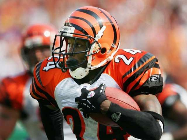 Deltha O'Neal, Broncos and Bengals Alum, Charged With DUI After Destructive Crash