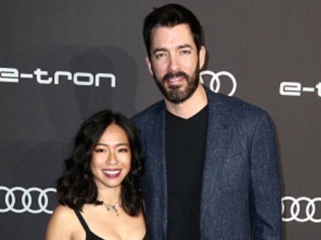 'Property Brothers' Star Drew Scott and Wife Linda Phan Decorate Home to Be Christmas Dream