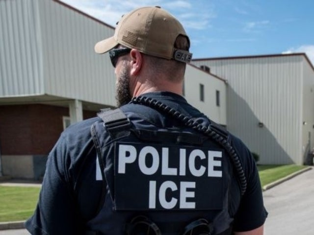 Cyber Monday: ICE Posts Photo of Destroyed Laptop and Twitter Is Not Happy