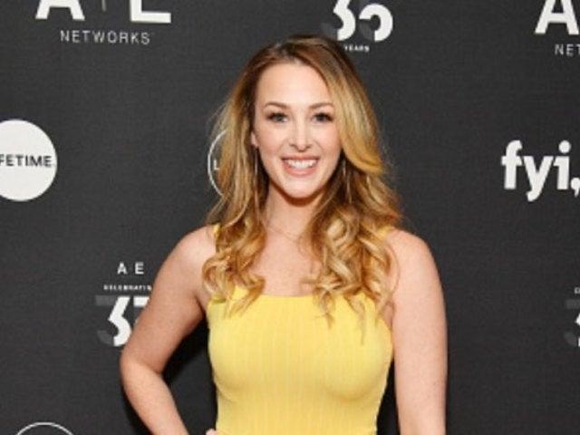 Pregnant 'Bachelor' Alum Jamie Otis Shares 'Super Concerning' News After Colposcopy