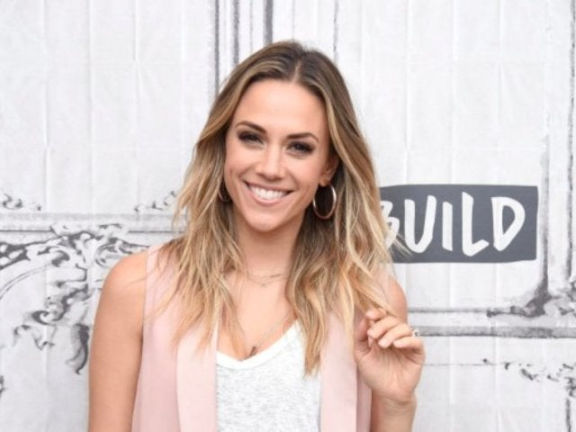 Jana Kramer's Savage Comment About Justin Timberlake, Hand Holding Has Twitter Rumbling