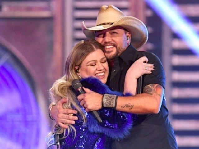 Kelly Clarkson Told Jason Aldean a Big Lie After Performing Together at the Grammy Awards