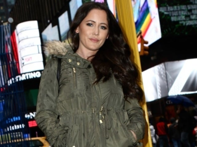 'Teen Mom 2' Alum Jenelle Evans Bashes Body Shamers With Poolside Dance Video