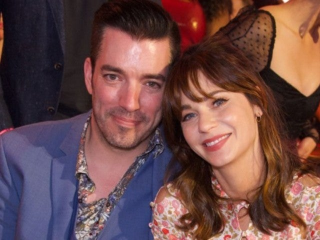 Jonathan Scott and Zooey Deschanel Reveal New Holiday Selfie That Has Fans Talking