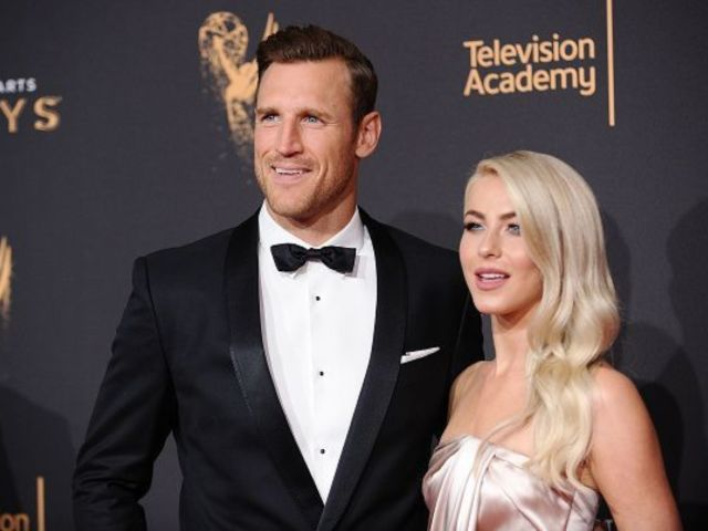 Julianne Hough's Husband Brooks Laich Has Twitter Immediately Weighing in After Major Sexuality Update
