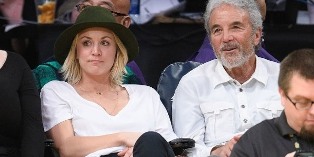 kaley cuoco dad gary getty images